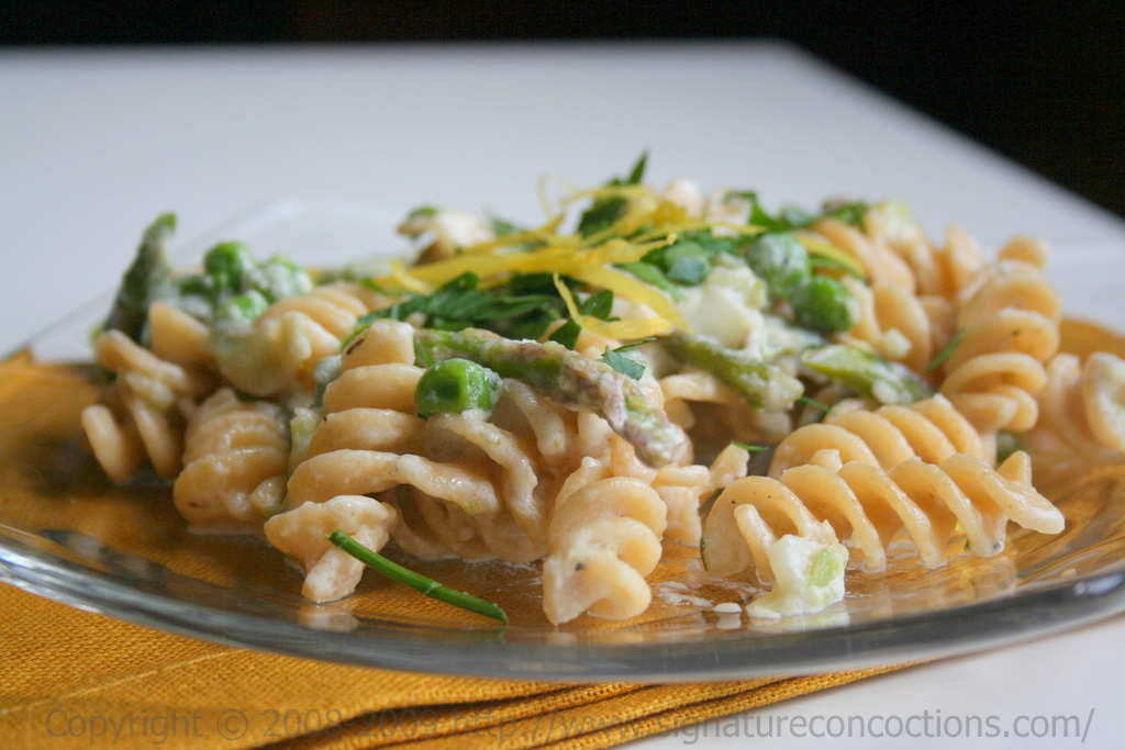 pasta with asparagus and peas in lemon cream sauce